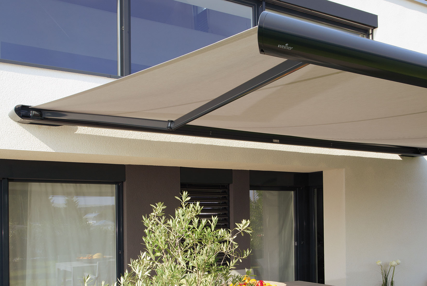 Ozshade Folding Arm Awnings 16